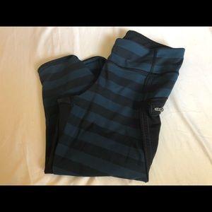Lululemon black and blue stripped leggings sz s